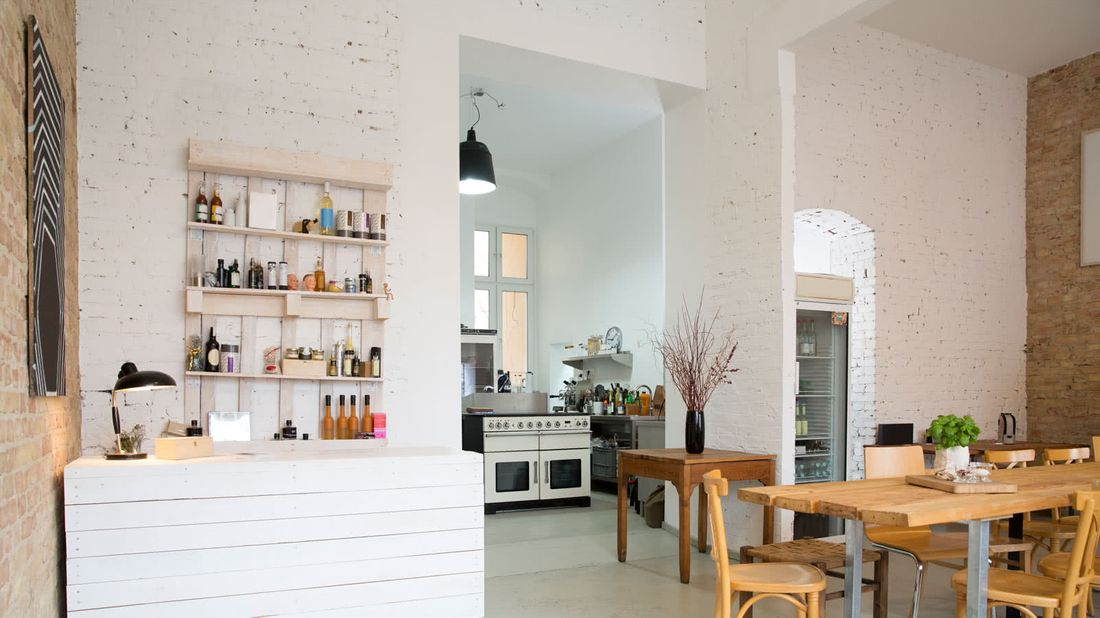 Make Your Rental Look Amazing on a Budget apartment kitchen
