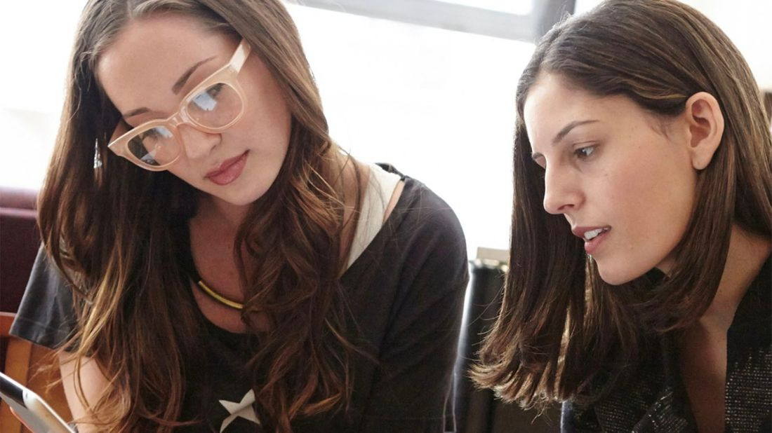 Woman being a mentor to her mentee