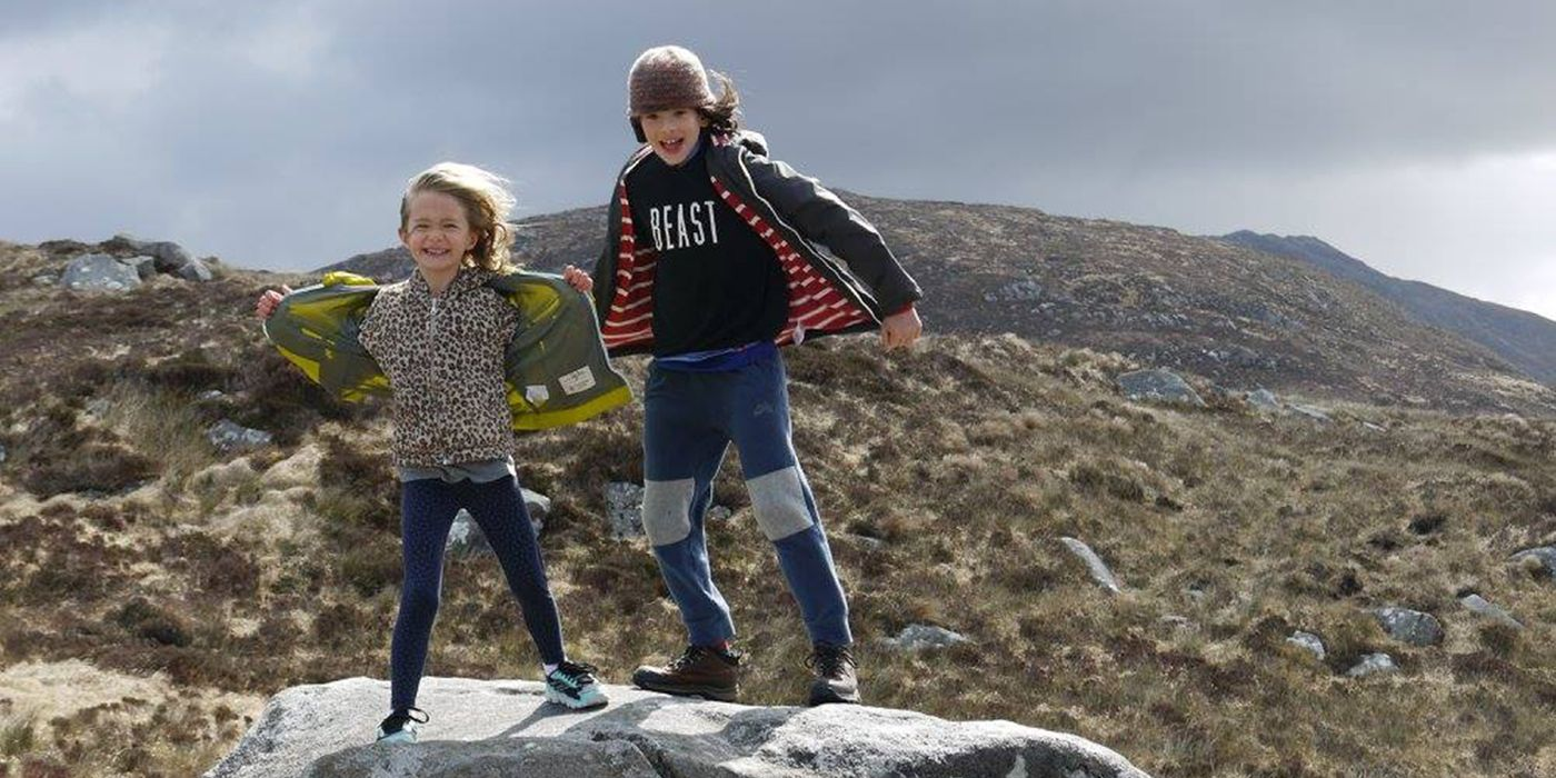 kids traveling in Ireland