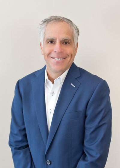 Paul J Greenberg