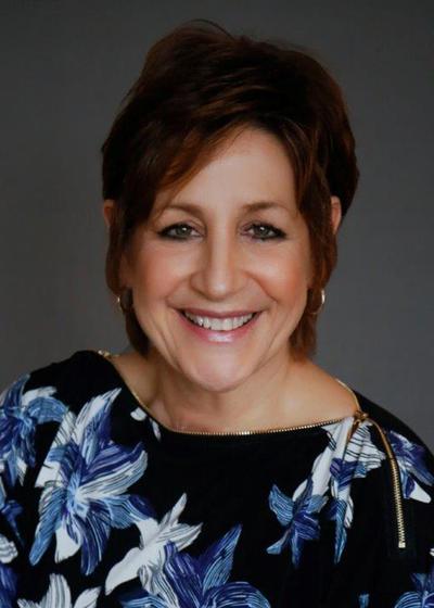 Lynn Chiavaro