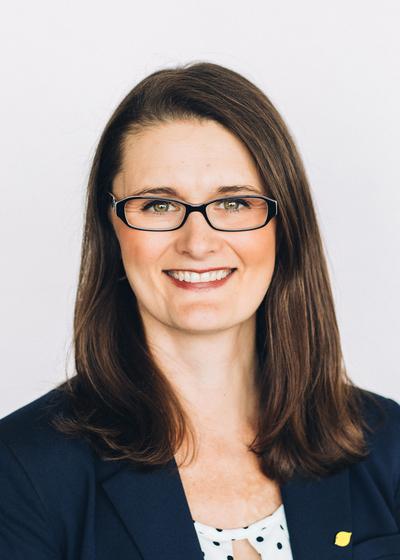 Nikki Perryman headshot