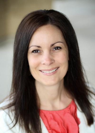 Debbie Blattner headshot