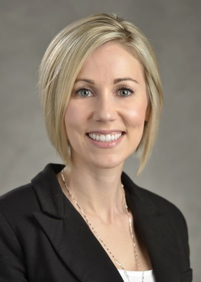 Nicole Sivak headshot