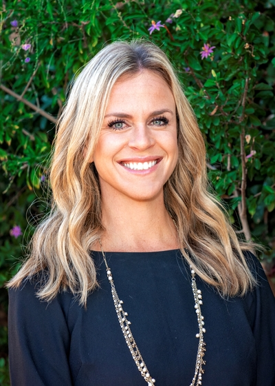 Kelly Thede - Northwestern Mutual headshot