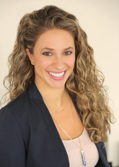 Nicole Bernardo headshot
