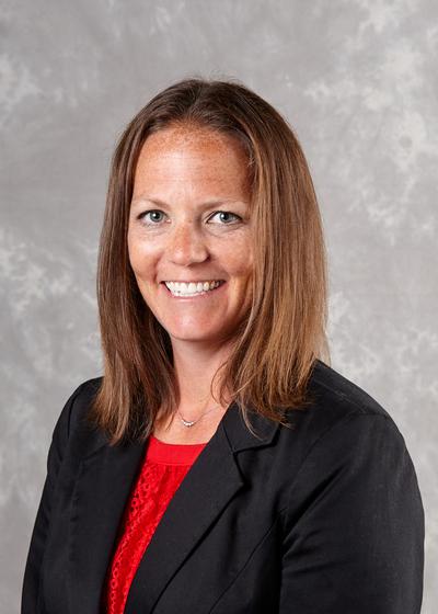 Sarah Krivos headshot