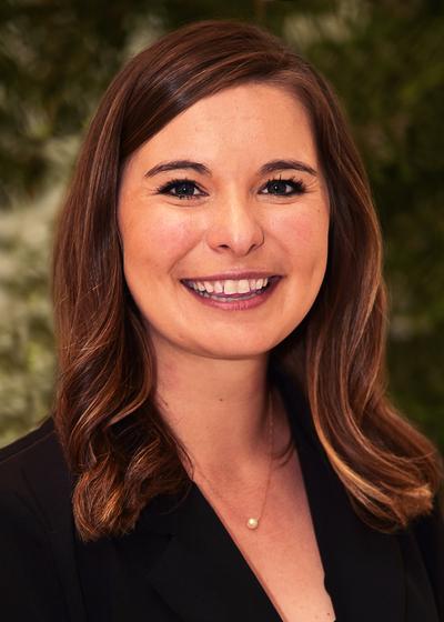 Samantha Johns headshot