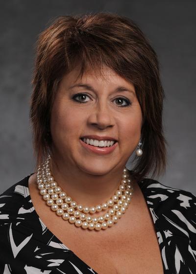 Sandra Koenig - Northwestern Mutual headshot