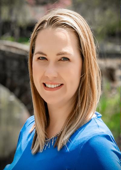 Courtney Strizki - Northwestern Mutual headshot