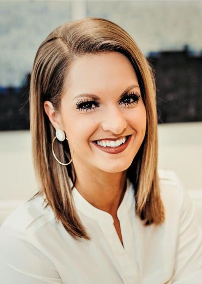 Britta Bolin headshot