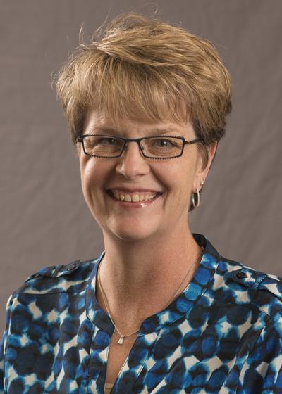 Michelle M Durand