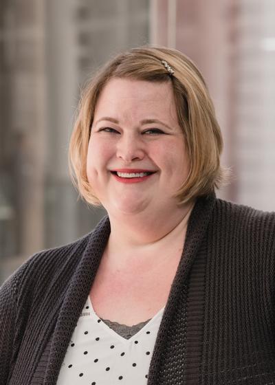 Jennifer M Schiller