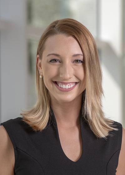 Claire Sniadajewski headshot