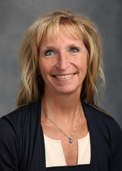 Karen Oberg headshot