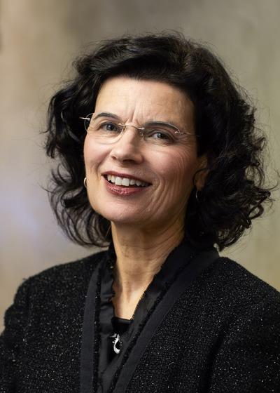 Teresa C Diffley