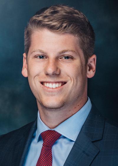 Austin Schneider headshot