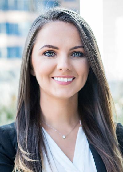 Adela Zizic headshot