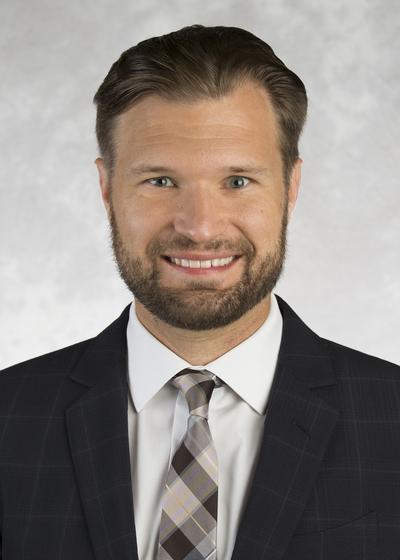 Daniel Hamilton headshot