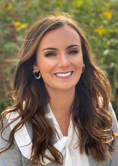 Colleen Olson headshot