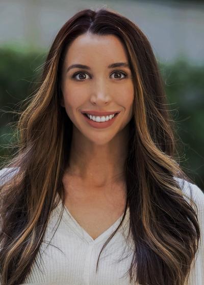 Nicole Finney - Northwestern Mutual headshot