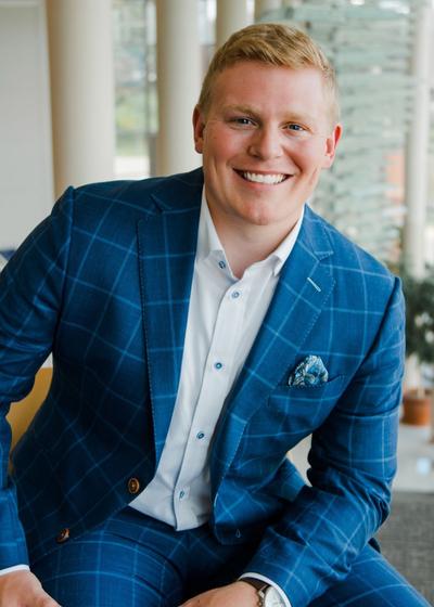 Clayton Meinders - Northwestern Mutual headshot