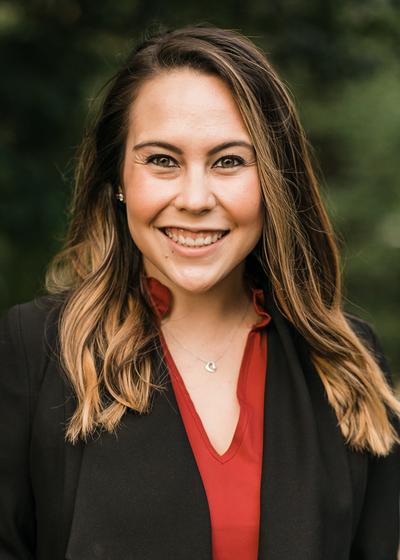 Allison Galusha headshot
