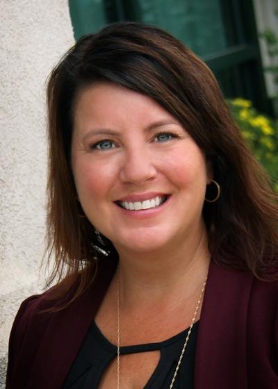 Michelle Ristvedt - Northwestern Mutual headshot