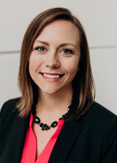 Laurie Sagehorn - Northwestern Mutual headshot