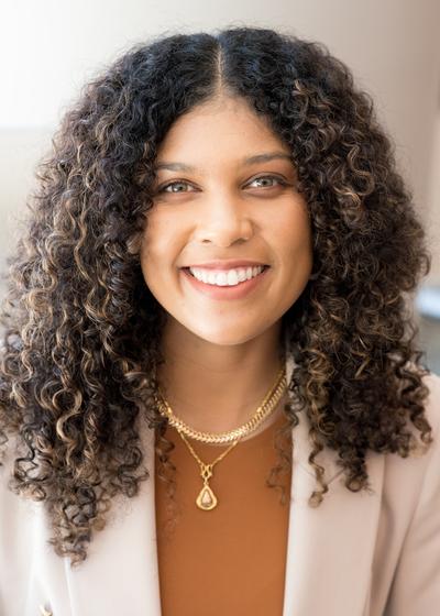 Teayah Barfield - Northwestern Mutual headshot