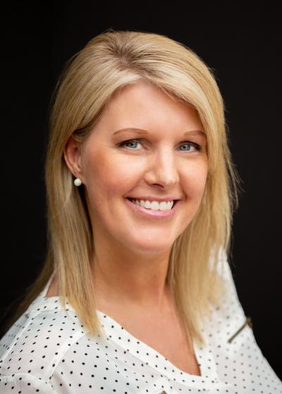 Holly Fox Vespie - Northwestern Mutual headshot