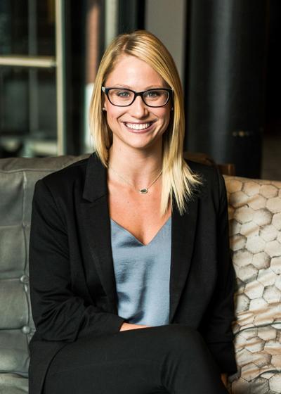 Torie Hunt - Northwestern Mutual headshot